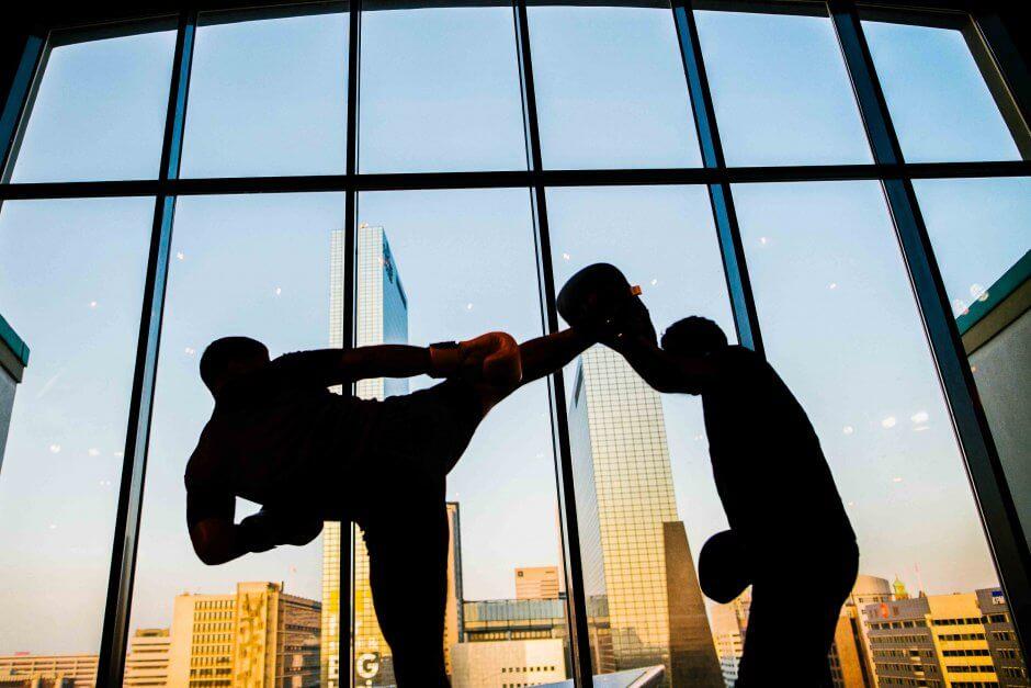 MOMO 2018 kickboxen in Groot Handelsgebouw op Motel Mozaique door Mark Bolk