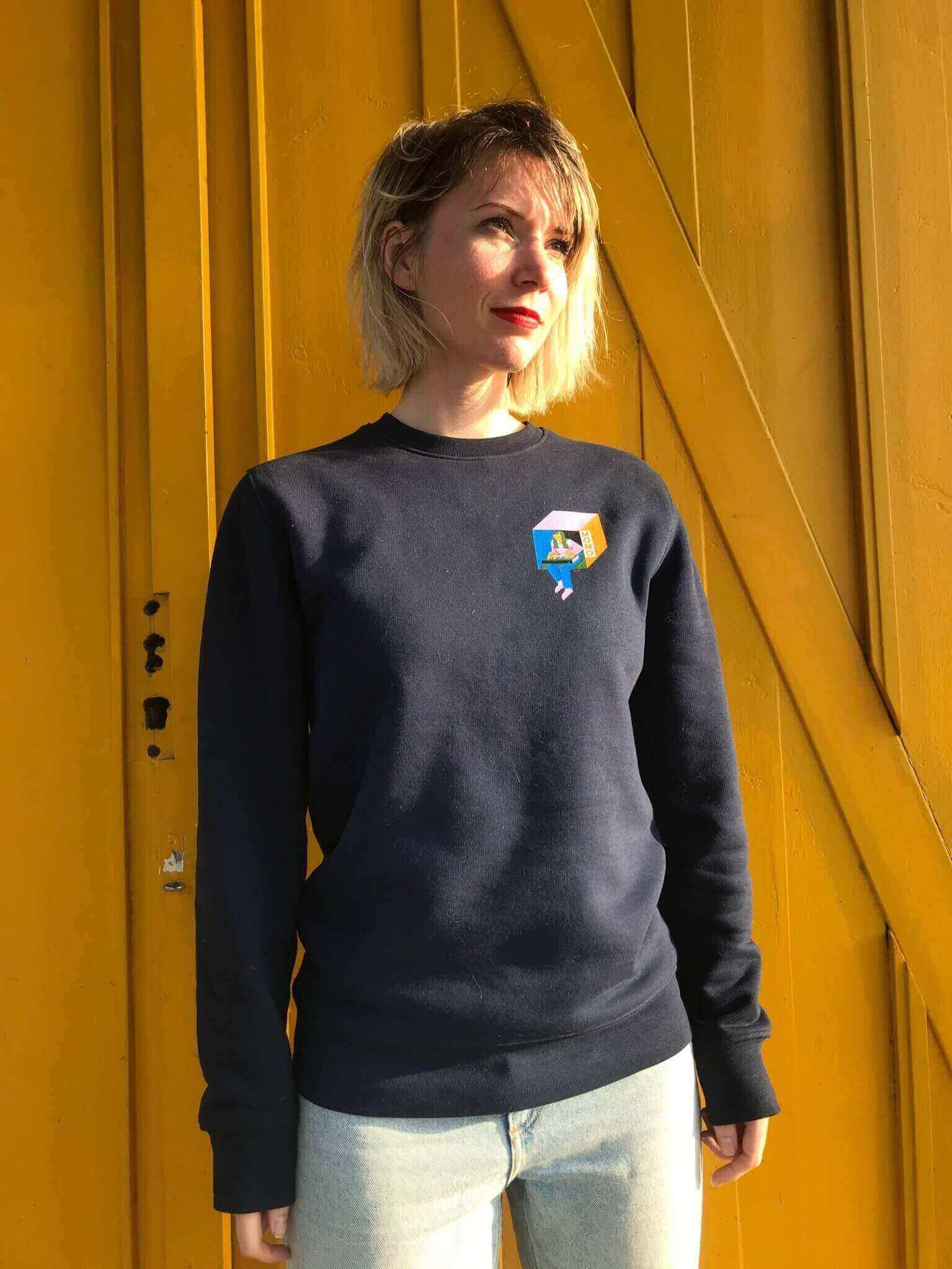 MOMO sweater