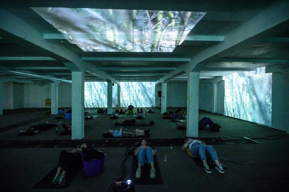MOMO Fabrique lay down concert door Ruben Hamelink